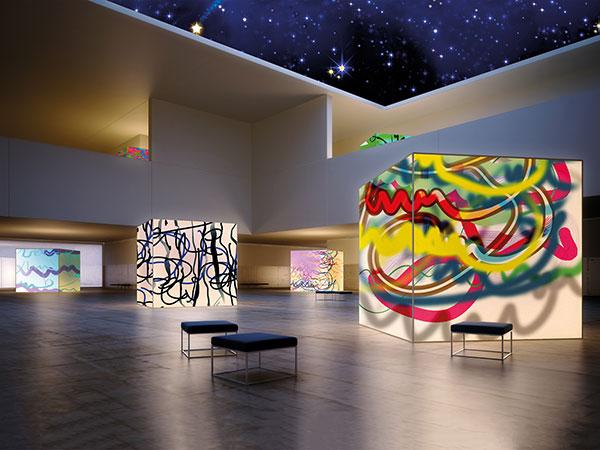 Sie sehen Free Forms °102 in einer Ausstellung